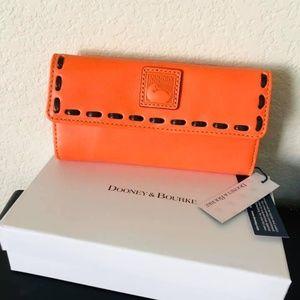 Dooney Bourke Florentine clutch wallet continental
